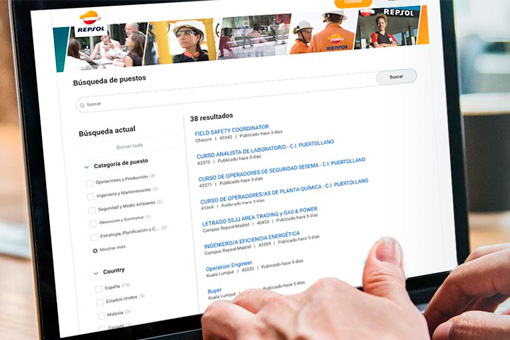 Computer screen showing job offers at Repsol