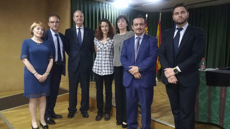 Ángel García Garay (Head of State Road Demarcation in Murcia for the Ministry of Public Works) and ATEB representatives.