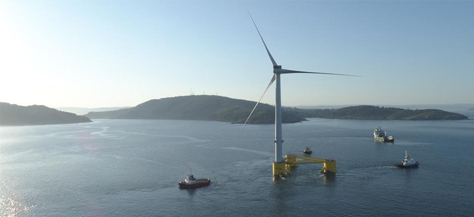 Plataforma proyecto WindFloat Atlantic parque eólico flotante semisumergible
