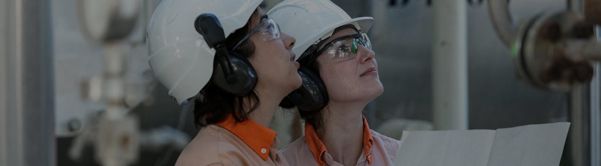 mujeres buscando trabajo en quito conocer gente en espana
